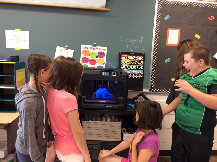 5th Grade Students watch a 3D Printer