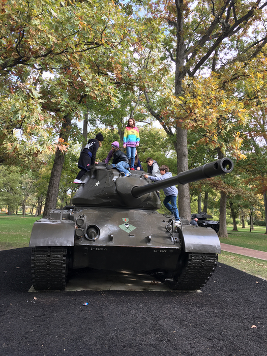5th grade on the tanks