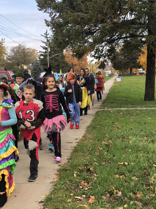 4th grade ending the 2018 parade