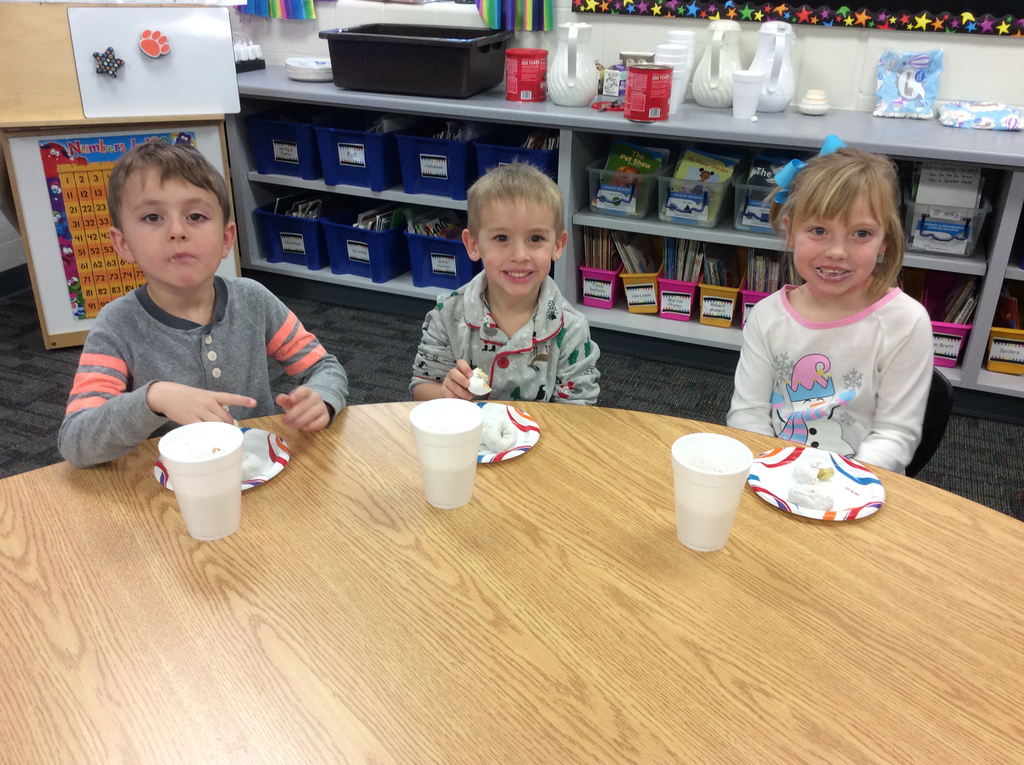 The donuts and hot chocolate were delicious!